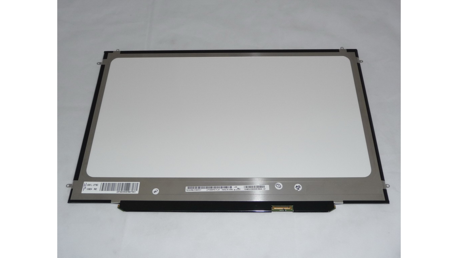 "USED Genuine Apple LP154WP4 TLA1 15.4"" Led Screen"